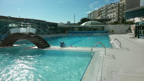Cours aquacycling aquagym longe cote picture of for Piscine les sables d olonne