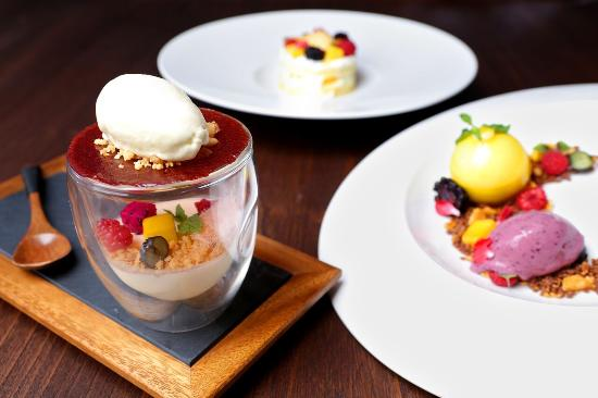 Akira back japanese restaurant jl setia budi selatan for Akira japanese cuisine