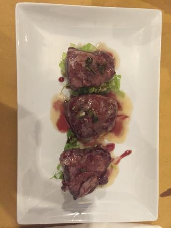 Zaporea Smart Gourmet: Filetto di maiale in salsa di vino rosso! Buono ma troppo poco per una cena.