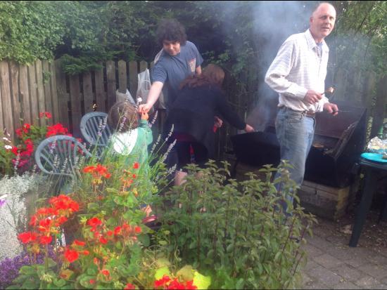 Foxdale, UK: BBQ