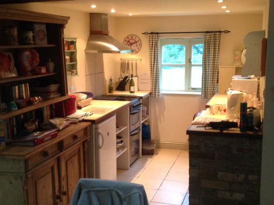 Wedmore, UK: Kitchen area