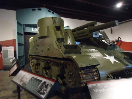 Fort Knox, KY: M7 Priestly SPG