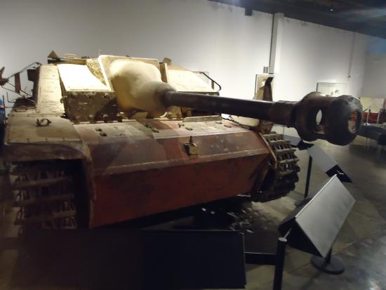 Fort Knox, KY: STUG III German Tank Destroyer