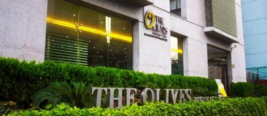 The Olives Residence & Suite: The Entrance to the Hotel.