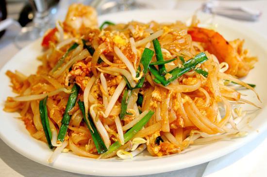 Irawaddy: Pad Thai Noodle with Tamarind Sauce