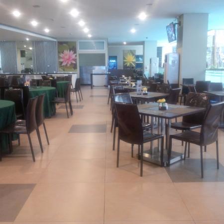 Savana Hotel & Convention : Tempat sarapan