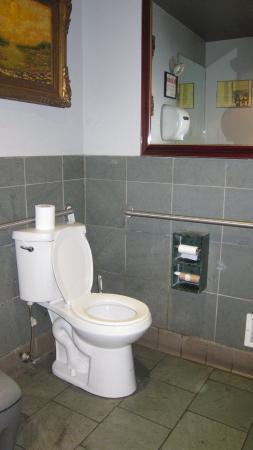 Dolce Vita: toilet
