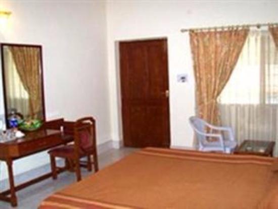 Nandhini Hotel - White Field: Bed