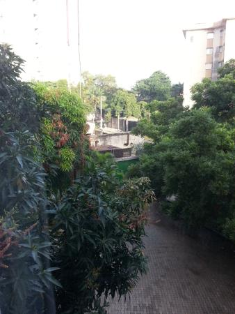 La Cour Hotel Cooper : a look out of the window
