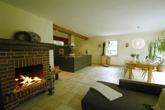 Offene küchen mit kochinsel  LandHaus offene Küche mit Kochinsel - Bild von NaturApartments ...
