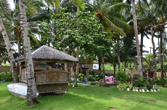 Paradise Bay Beach & Watersport Resort: 花园