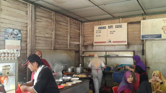 Губернаторство Малакка, Малайзия: Back to old days style of enjoying roti canai