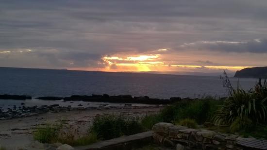 Kildonan, UK: Sunset from front of hotel