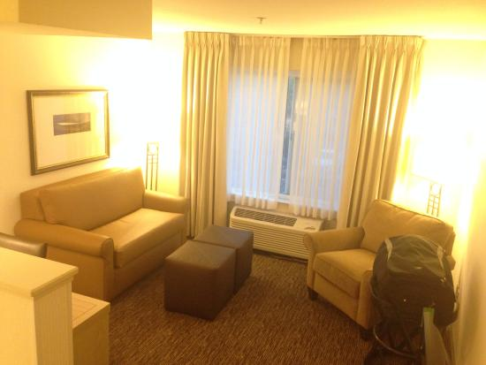 DoubleTree by Hilton Bend: seating area