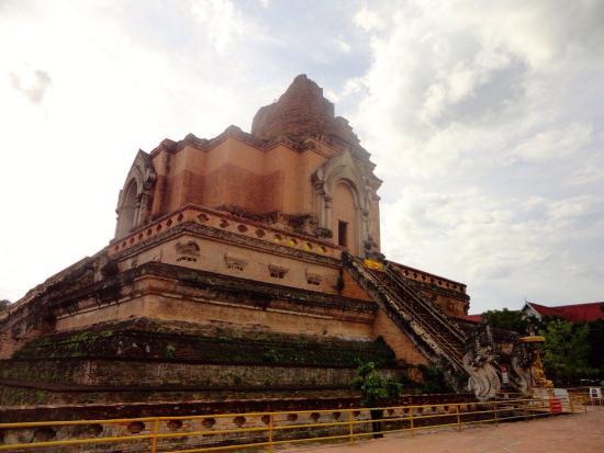 Wat Chedi Luang - Picture of Wat Chedi Luang Varavihara ...