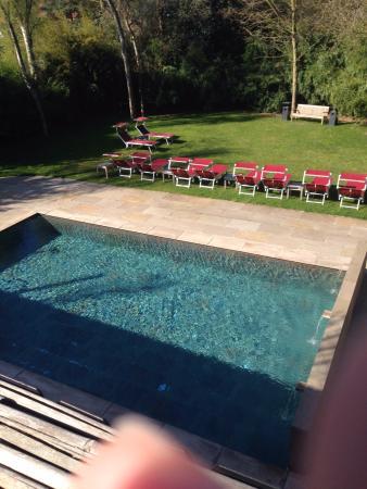 Edegem, Belgien: swimmingpool out site