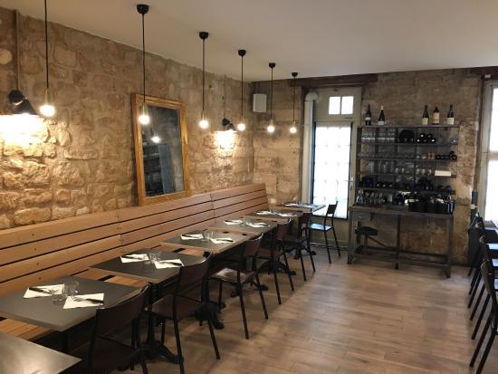 Restaurant Rue Des Dames Paris