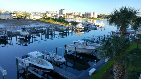 Harbor Landing: 20151014_075309_HDR_large.jpg