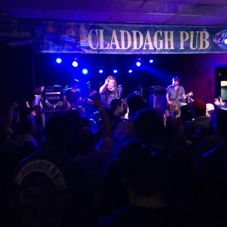‪The Claddagh Pub‬
