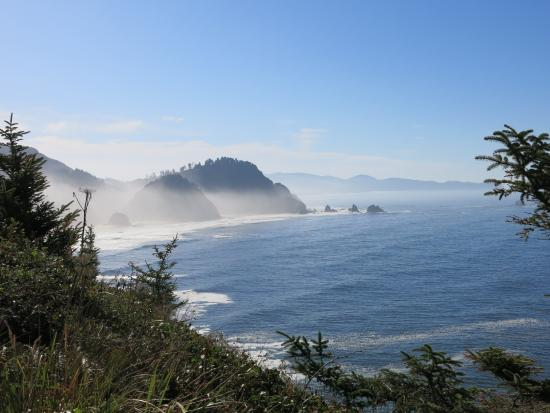 Three Capes Scenic Drive: Cape Meares lookout