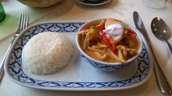 Bangkok Brasserie : Thai Red Chicken Curry and Jasmine Rice