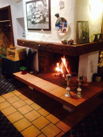 Stockach, Deutschland: Super Essen, freundliche Bedienungen und schöne griechische Atmosphäre sind die perfekten Vorrau
