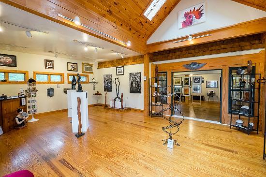 Nellysford, VA: Front Galleria