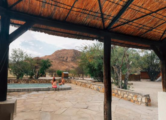 Ameib Ranch: Campsite swimming pool