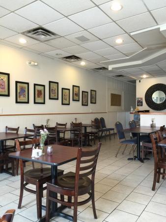 Rumi S Restaurant In Downtown Farmington Mi