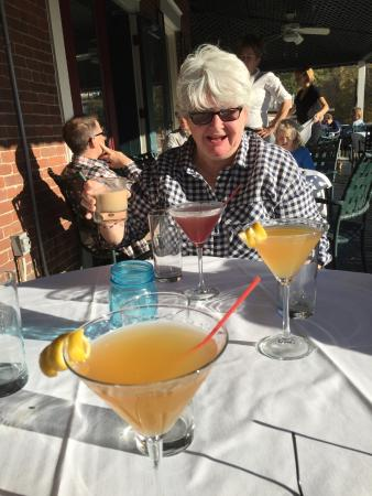 The Parker House Inn and Restaurant: Drinks on the Porch