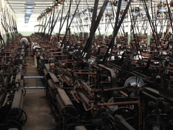 Queen Street Mill Textile Museum: Weaving shed 2