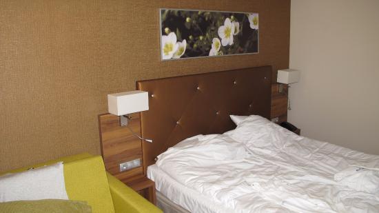 Oświetlenie Przy łóżku Picture Of Malinowy Raj Mineral