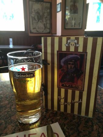 The Kings Head Pub and Restaurant: Nice cold beer with good food