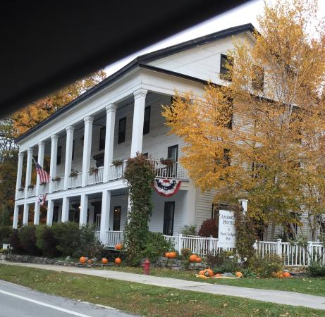 Sharon Springs, NY: Front view
