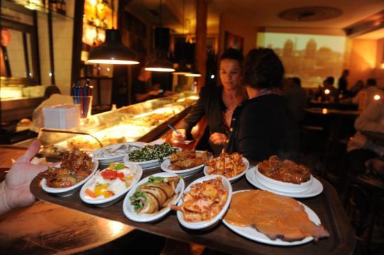 Teatro Bar Tapas: Comidas servidas no Bar Tapas