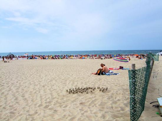 Alte strom mit gastronomie picture of warnemunde beach for Warnemunde pension mit fruhstuck