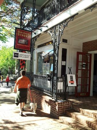 Lambertville, Nueva Jersey: Gallery front on 19 Bridge Street
