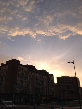 Don Paco : 朝焼けの空とドンパコ