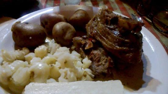 Foto de manos jujenas comidas regionales san salvador de Gastronomia jujuy