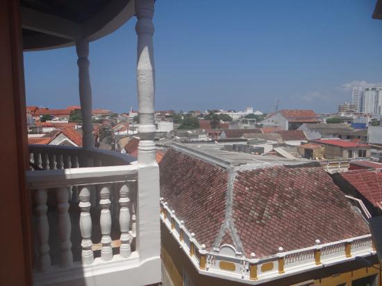 Apartahotel Catalina Real: view from the blacony