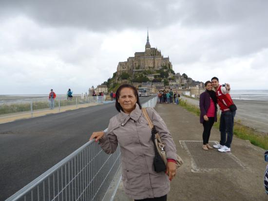Finistere, Fransa: Eu, e ao fundo o Mont.