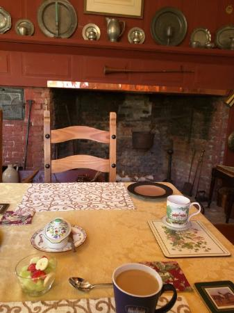 Cherryfield, ME: Breakfast room.