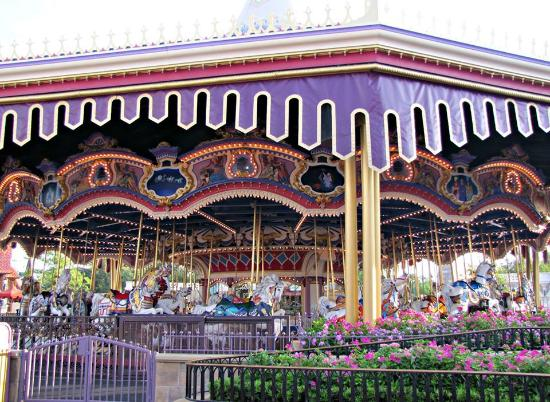 ‪Prince Charming Regal Carrousel‬