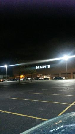 Massapequa, NY: Sunrise Mall