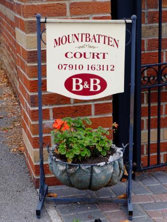 Mountbatten Court: sign