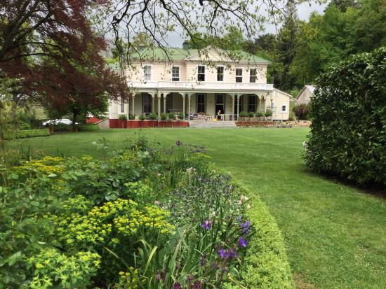 Oruawharo Homestead & Garden
