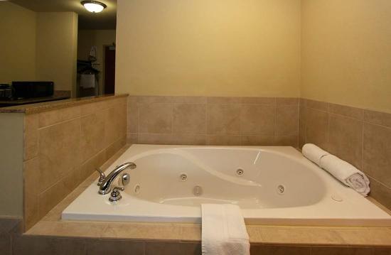 Νόξβιλ, Αϊόβα: Whirlpool Tub,  King Suite