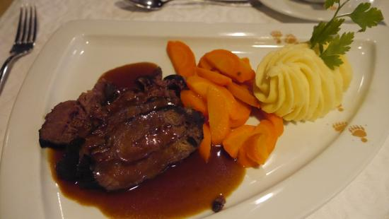 Hotel Baeren: Main course - delicious!
