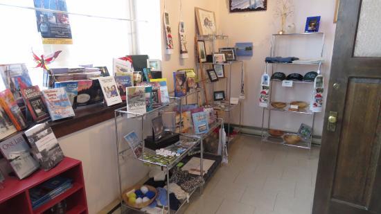 Sam Waller Museum: Gift shop