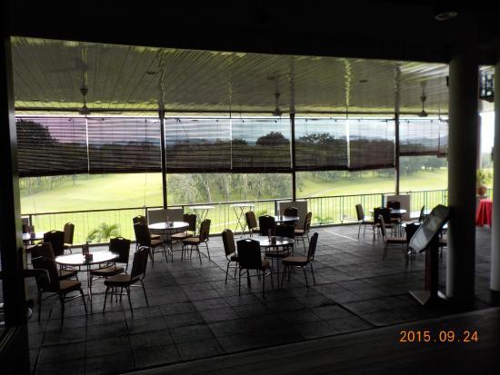 Harvard Suasana Hotel: golfers terrace restaurant